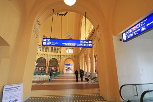 プラハ本駅2015-9