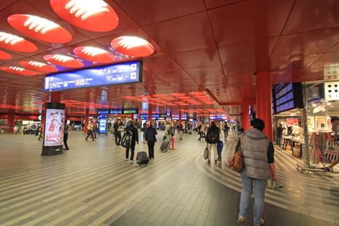 プラハ本駅2015-10