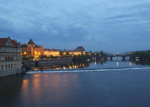 プラハ城夜景2015-1