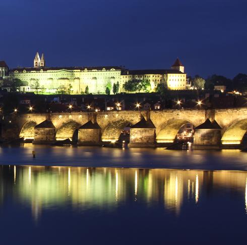 プラハ城夜景2015-4