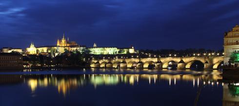 プラハ城夜景2015-5
