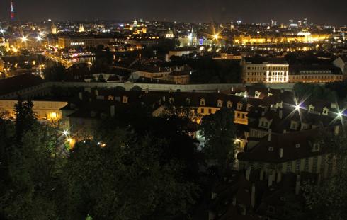 プラハ城夜景2015-8