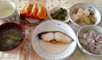 525朝食魚