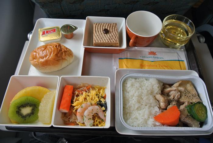 ダナン旅行記 その1 ベトナム航空 機内食