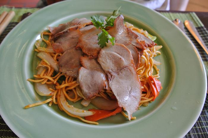ダナン旅行記 その2 Lam Vien Restaurent 焼きそば