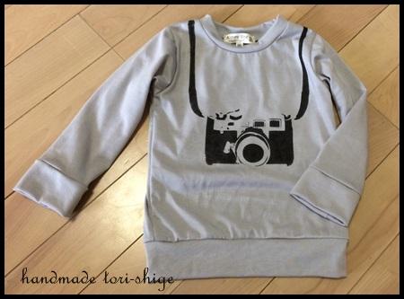 ステンシルTシャツ カメラ