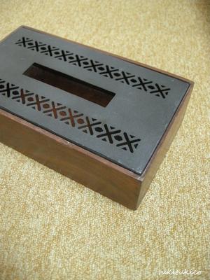 ティッシュボックス1