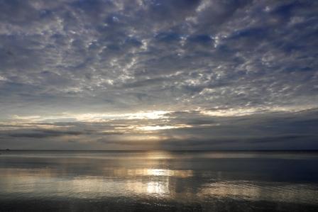 薄めから夕陽2015-05-27-18-51=P1030660
