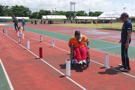 車椅子スラローム DSC06783