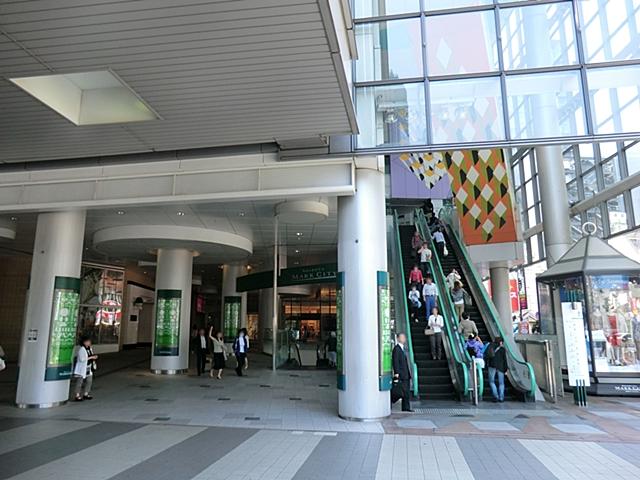 渋谷マーク下