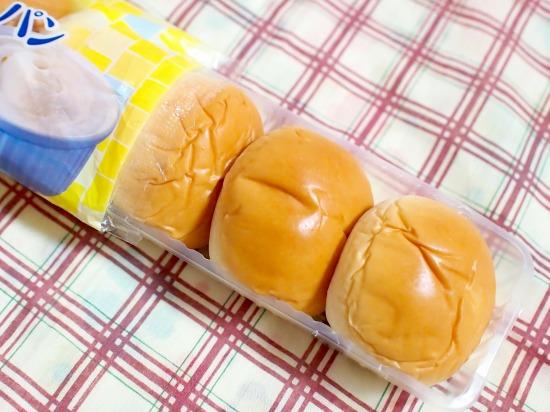 薄皮 レアチーズクリームパン02@ヤマザキ