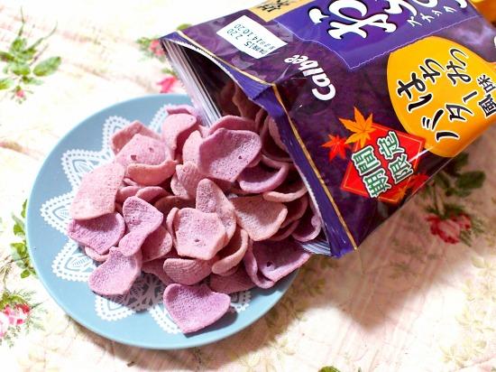 紫いものおさつスナック はちみつバター風味02@Calbee