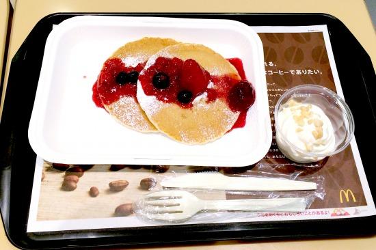 ハワイアン パンケーキ ミックスベリー01@McDonalds