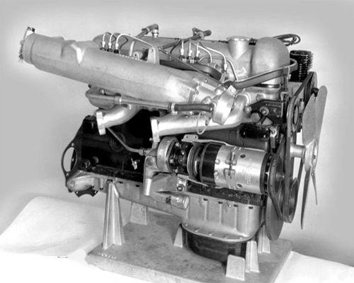 m189_motor_stand_mercedes1961.jpg