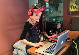 DJ LUNA(260×180)