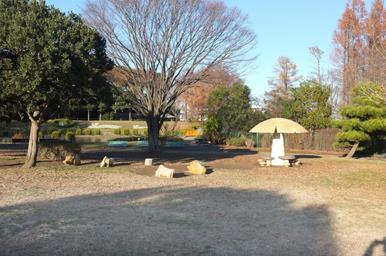 公園内に子供動物園や植物園もあります