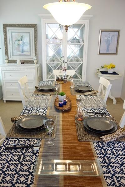 エスニックのテーブル
