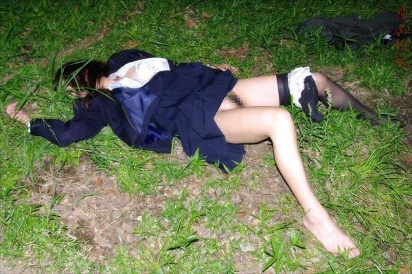 レイプ強姦画像 14