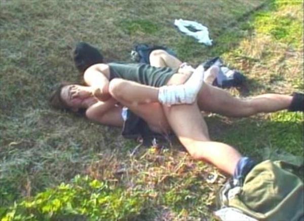レイプ強姦画像 28