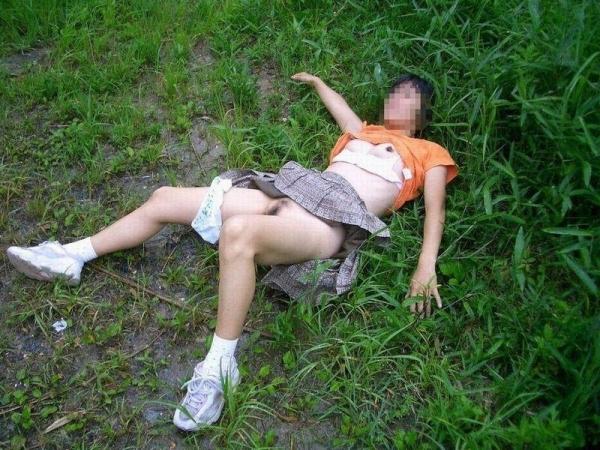レイプ強姦画像 35