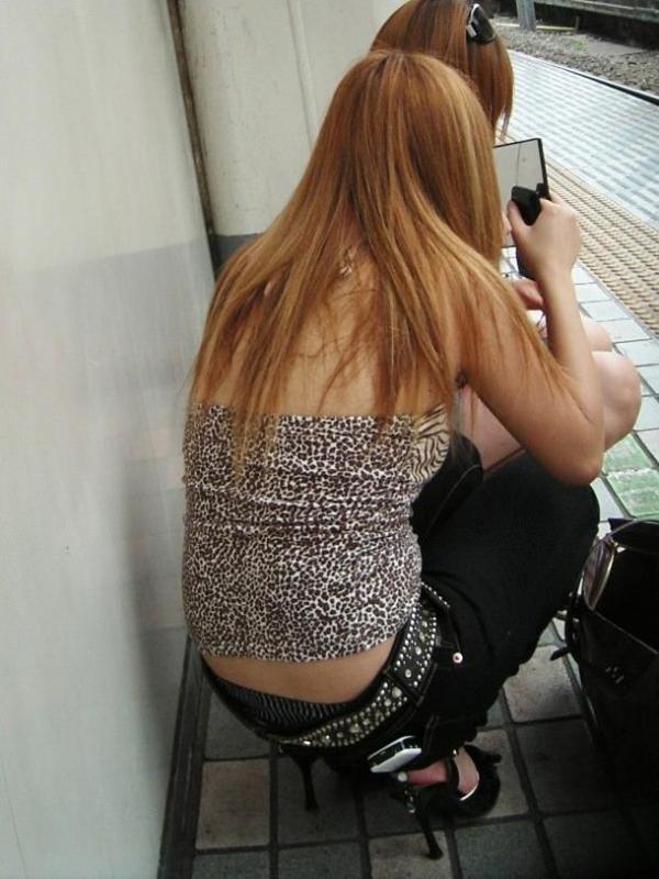 街撮り見せパンツ画像 34