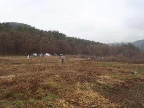 霧ガ谷湿原再生活動ボランテイア 005