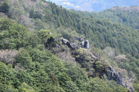 15マラ岩