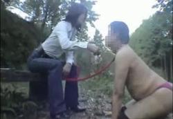 【女王様】 立派なM男犬になる為の野外訓練。