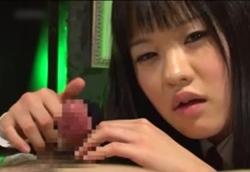 【痴女】 後輩JKに拘束されて焦らし責め意地悪スロー手コキ!愛音麻友