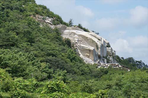 15花崗岩
