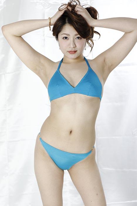 柚花・青色ビキニ