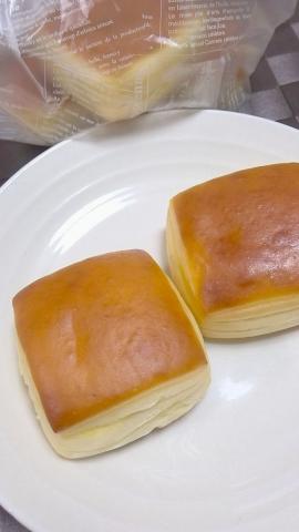シュナリ(難波構内 パン) (3)