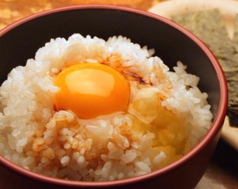 秘伝スモーク醤油 燻 (4)