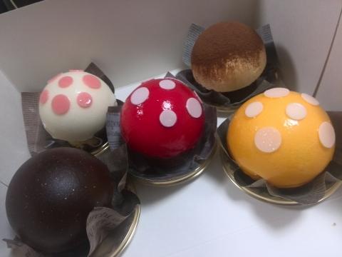 カファレル(グランフロント キノコケーキ屋) (4)