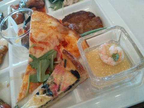 ホテル阪急エキスポパークの【バイキングレストラン ヴェルデ】 (15)