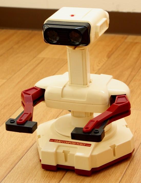 【おっさんホイホイ】覚えてる?任天堂の「ファミリーコンピューターロボット」