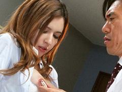 女教師の水咲ローラが校内で男の生徒や教員と淫らにハメるw