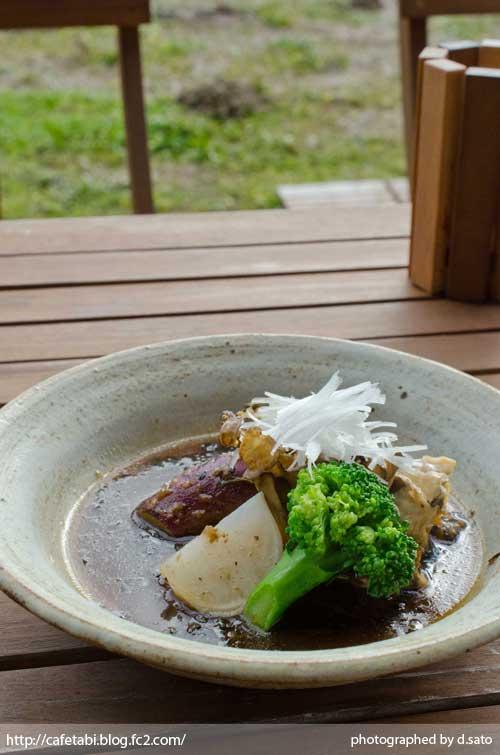 千葉県 いすみ市 長者町 カフェ green+ グリーンプラス 里山カフェ コーヒー マクロビオティック 自然派 暖炉 おしゃれ空間 16