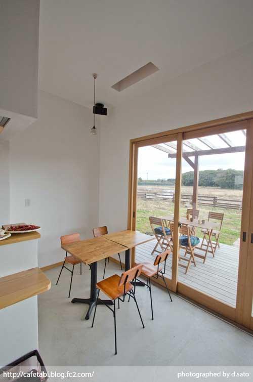 千葉県 いすみ市 長者町 カフェ green+ グリーンプラス 里山カフェ コーヒー マクロビオティック 自然派 暖炉 おしゃれ空間 28