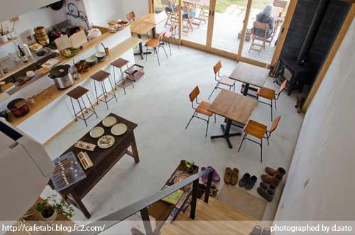 千葉県 いすみ市 長者町 カフェ green+ グリーンプラス 里山カフェ コーヒー マクロビオティック 自然派 暖炉 おしゃれ空間 32