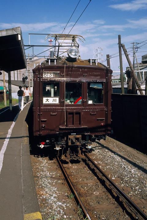 6108_鶴見線_クモハ12_武蔵白石駅