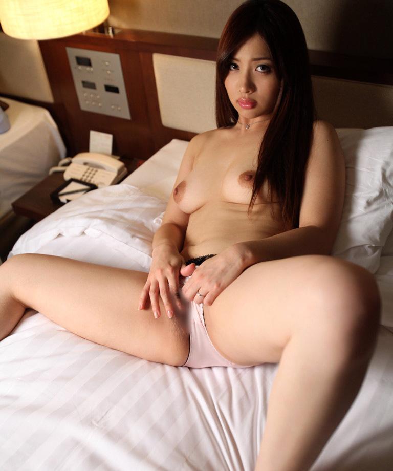 【No.22240】 Nude / 佐々木恋海