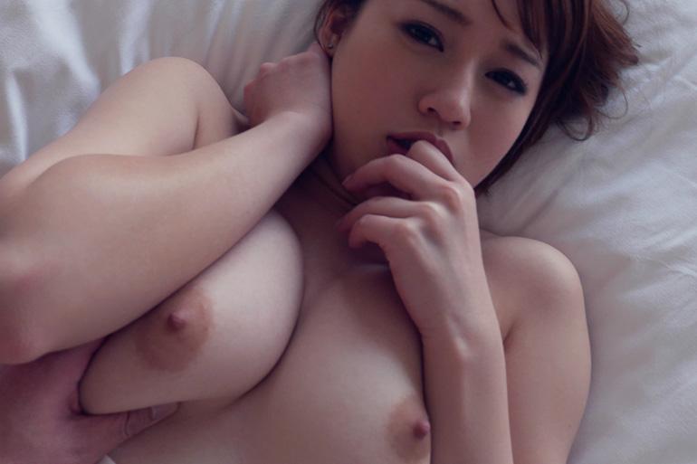 本田莉子 柔肌なグラマラスボディが快感に染まる…セックス画像