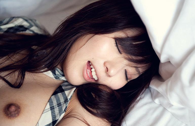 麻倉憂 キュートな顔にブッカケるセックス画像