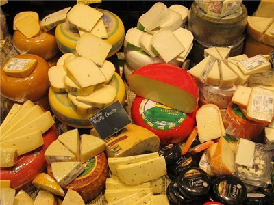 cheeses-389687_640.jpg