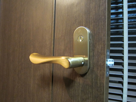 室内ドア 鍵つきへ交換