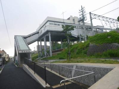 朝の西塩釜駅