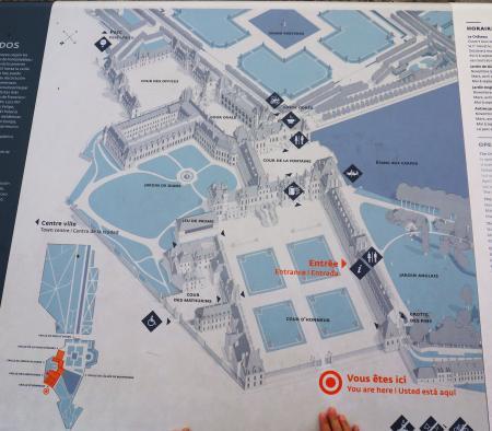 Château de Fontainebleau map