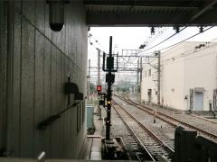 和光下り出発信号機(地下)