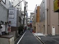 海老須@神田・20150405・路地
